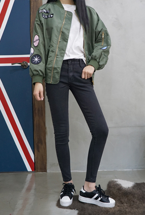 NA812(25〜34) <br>严重紧身牛仔裤