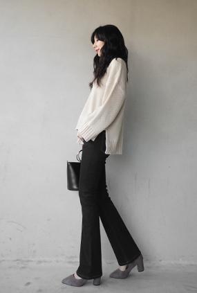 <FONT color=#f91305>它通过11,000页爆发</font> <BR> NA618(26〜34) <br>黑色牛仔加绒靴型裤