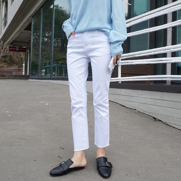 <FONT color=2e2f4b><strong><u><协作裤7子弹></u></strong></font> <BR> NA1338,1339(S-XL) <br>修理不! <br>披肩白色白色裤子